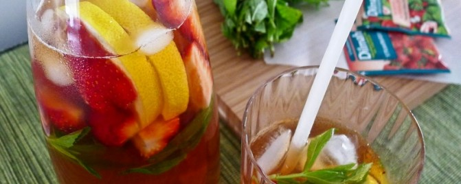 All natural summer fruits iced tea cooler