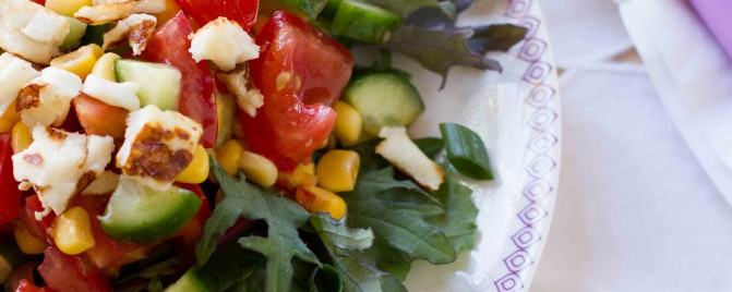 'Confetti' salad with warm haloumi
