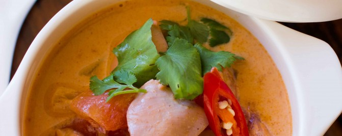 {5 ingredient} Red Curry with Quail and Pineapple
