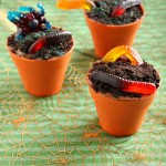 Creepy Crawly Mud Pie Cupcakes | Vanilla Clouds and Lemon Drops