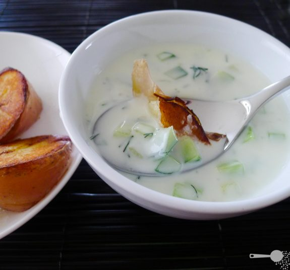 5 ingredients: Cool tzatziki soup