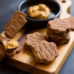 Chocolate crackers with peanut butter filling (gluten free)
