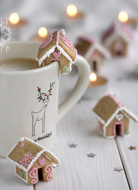 Mini Gingerbread Houses (in Polish)