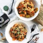 15 Minute Garlic Prawn and Bottom-of-the-Fridge Veggie Pasta (1)